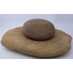 Stone grinder and grinder